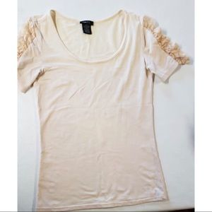 Women Rue 21 light pink shirt